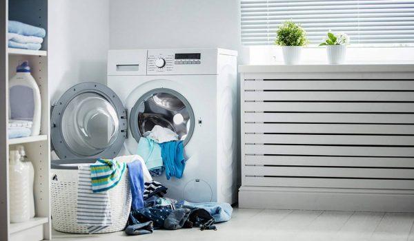 10 اشتباه ناخواسته که هنگام شستن لباس انجام میدهید